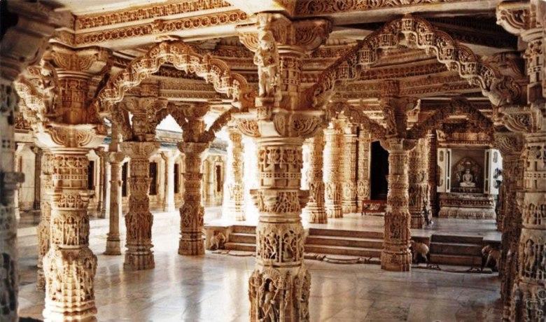 Pillars-2-of-Vimal-Vasahi-Temple-Dilwara-temple-complex-Mount-Abu.jpg